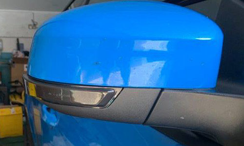 Sequential Wing Mirror Indicator Lights